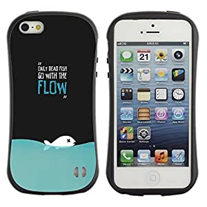Paccase / Suave TPU GEL Caso Carcasa de Protección Funda para - Only Dead Fish Go With The Flow Funny Deep - Apple Iphone 5 / 5S