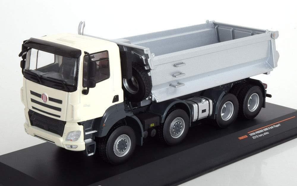 Ixo Tatra Phoenix Euro 6 8x8 Muldenkipper Baujahr 2016 Elfenbein weiß / Silber 1:43