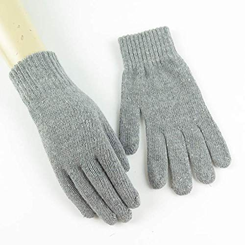 - 1 PAIRS OF MAGIC GLOVES - ONE SIZE FITS ALL