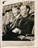 1966 Wire Photo Gordie Howe, r