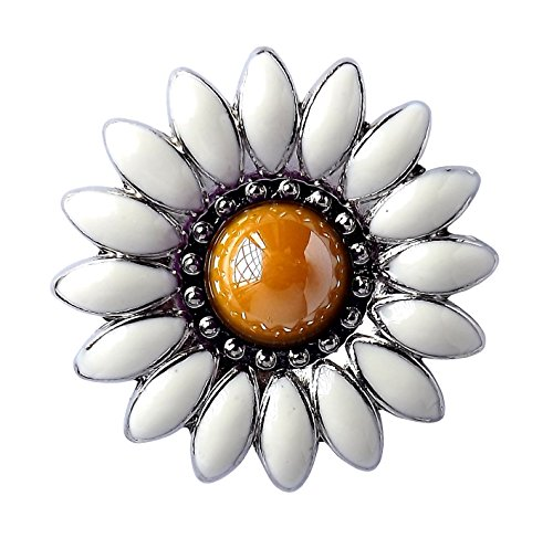 (Daisy Nickel Plated Screwback Conchos with White Baked on Enamel and Yellow Cabochon Center.)