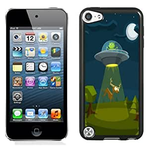 Fashion Custom Designed Cover Case For iPod Touch 5 Phone Case With Cartoon ET Flying Saucer Deer_Black Phone Case