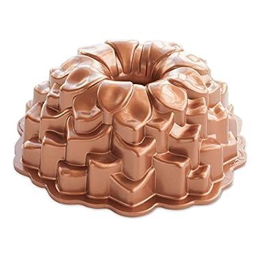 Nordic Ware 87537 Blossom Bundt Cake Pan, One Size, Metallic