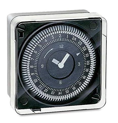 Horloge Programmable Journali/ère Programmable toutes les 15 min - 1 Canal Quartz Gr/ässlin 02.79.0013.1 Tactic 211.2 Encastrable R/éserve de Marche  150 heures Marche//Arr/êt