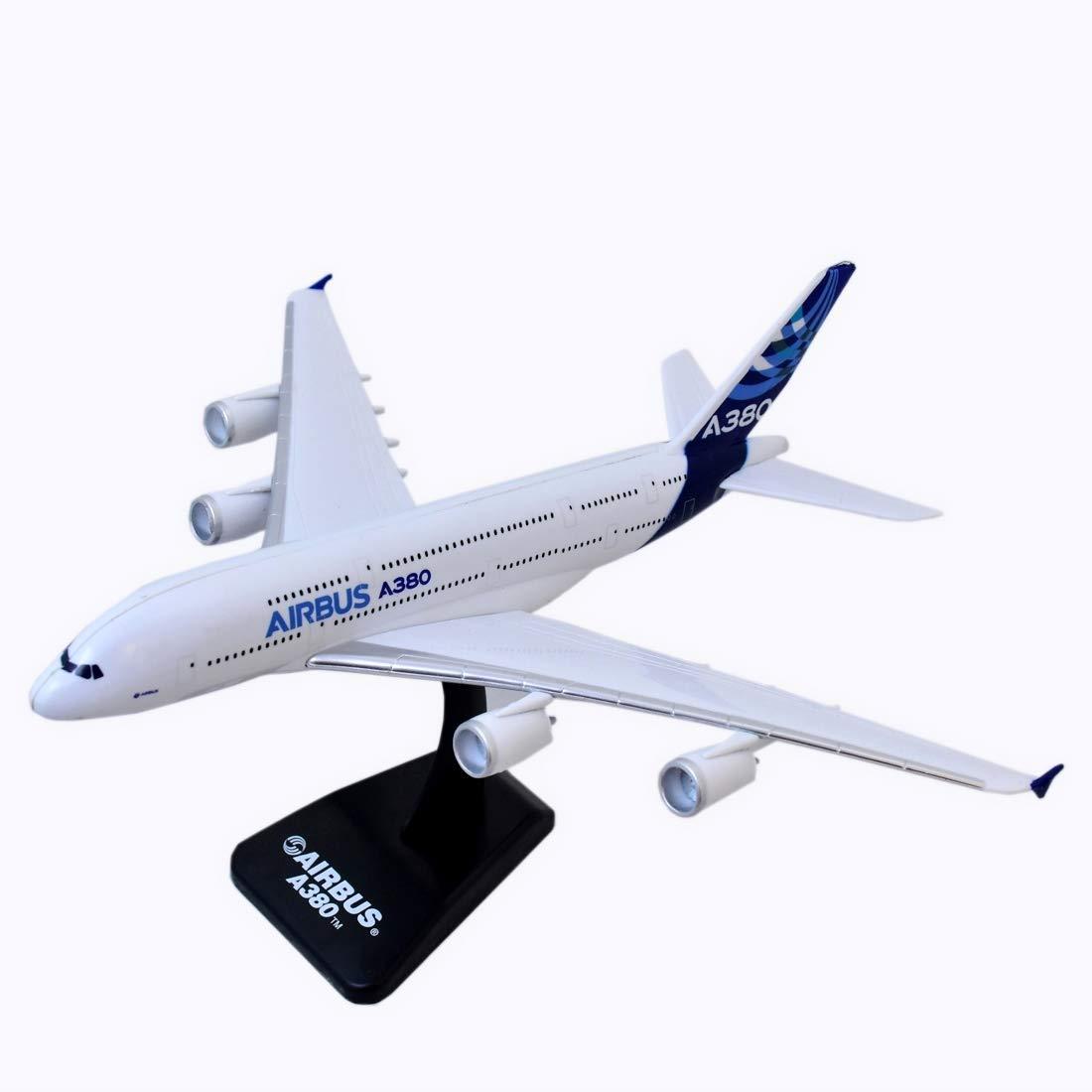 /échelle 1: 300 Avion Skypilot pour passagers Amaerican Airlines Boing 777-200 ligne AA New Ray 20343