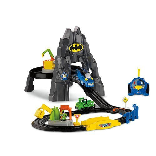 (Fisher-Price GeoTrax DC Super Friends - The Batcave RC Set)
