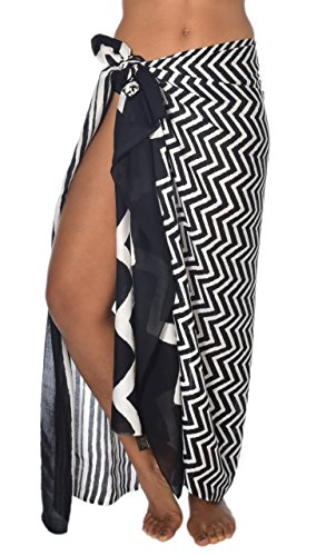 Casual Movements Women's Nairobi Africa Swimsuit Coverup Black/White70'' x 45'' by casualmovements