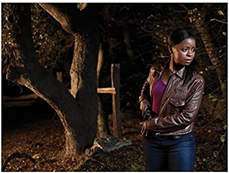 Justified Erica Tazel As Rachel Brooks Outside Ready To Draw 8 X 10 Inch Photo At Amazon S Entertainment Collectibles Store Erica tazel is a voice actor in mafia iii. justified erica tazel as rachel brooks