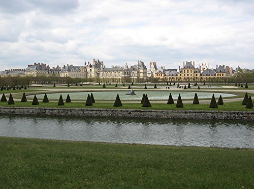 Home Comforts Peel-n-Stick Poster of Castle France Fontainebleau Poster 24x16 Adhesive Sticker Poster Print