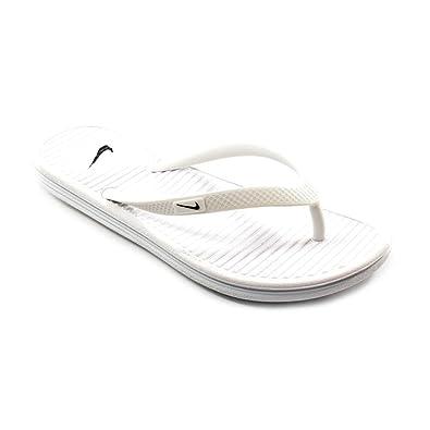 9bc76c7cda3 Amazon.com   NIKE Women's Solarsoft Thong 2 Athletic Sandal   Flip-Flops