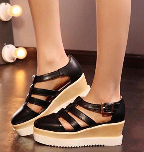 Tu Sandali Cinturini e Fibbia Nero e Bianco Bianco e Nero scarpe basse con dettaglio fiore