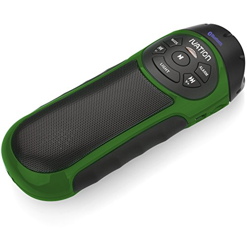 Ivation BIKE BEAKON: Tragbarer, aufladbarer, robuster Stereolautsprecher & MP3-Spieler mit Micro-SD Steckkartenplatz, AUX Eingang, FM Radio & Anrufbeantworter - Mit eingebauter Taschenlampe - CAMO GRÜN - Eignet sich perfekt für Zuhause, im Büro, beim Sport & Radfahren - Inklusive Fahrradhalterung - Funktioniert mit nahezu allen tragbaren & mobilen Geräten