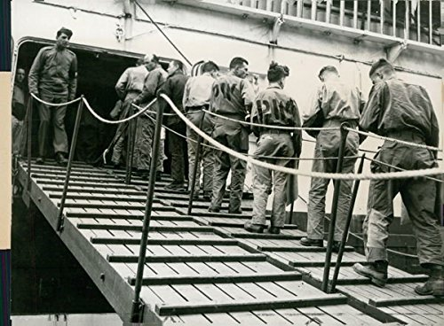 reprint-of-wounded-german-prisoners-of-war-ascend-the-gangplank-of-a-us-hospital-ship-at-an-italian-
