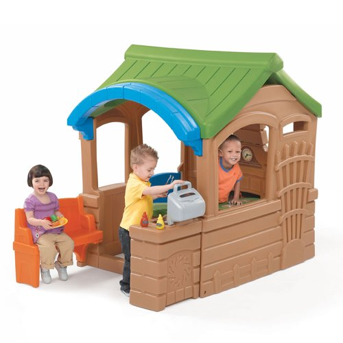 Outdoor Plastic Playhouses (Step2  Gather & Grille Playhouse)