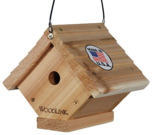 - Woodlink Traditional Wren House - Natural Cedar Bird House