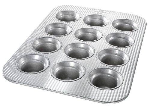 USA Pan Bakeware Crown Muffin Pan, 12 Well, Nonstick & Quick Release Coating, Made in the USA from Aluminized ()