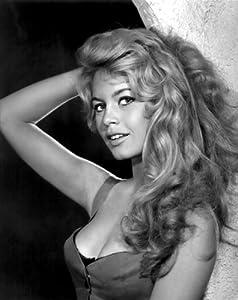 Amazon Com Brigitte Bardot Sexy Pose Poster Art Photo
