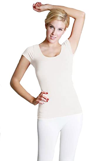 fc4cf9b00 Image Unavailable. Image not available for. Color  Nikibiki Smooth Seamless  Cap Sleeve Scoop Neck Top ...