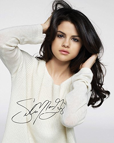 Selena Gomez Signed Autographed 8 x 10 Photo Gomez Autographed Photo