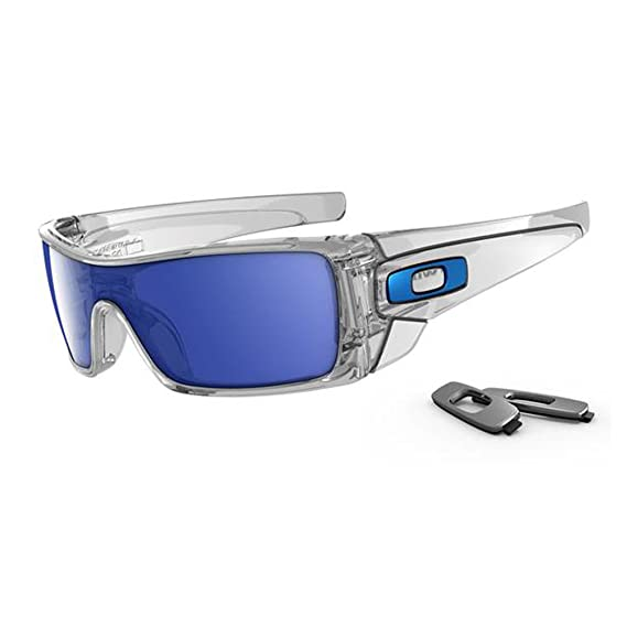 fe418dd4f45c2 Oakley Batwolf Men s Lifestyle Casual Wear Sunglasses - Clear Ice  Iridium One Size Fits All  Amazon.in  Clothing   Accessories