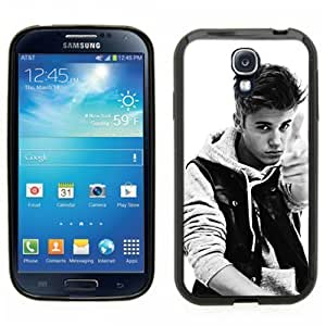Samsung Galaxy S4 SIIII Black Rubber Silicone Case - Justin Bieber Boyfriend Photo Pionted black and white
