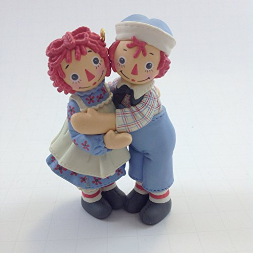 Raggedy Ann & Andy Holiday Hug 2004 Hallmark Keepsake Christmas Ornament
