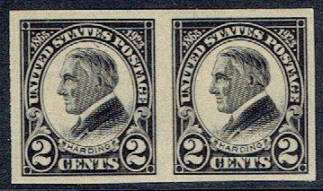 United States Regular Issue Stamp Scott 611 Mint Unused Pair 2 Stamps Very