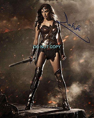 Gal Gadot gorgeous reprint signed autographed 8x10 photo #4 Wonder Woman RP Batman vs (Gorgeous Signed)
