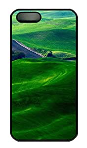 SUN VIGOR 5s Case Dreamy Green Fields Durable and Comfortable iPhone 5s Cases Personalized Hard Black Cases