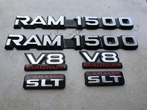 v8 magnum emblem dodge - 8
