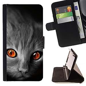 Momo Phone Case / Flip Funda de Cuero Case Cover - Gato ojos anaranjados cara Gris Rojo Fuego Llamas - Motorola Moto E ( 2nd Generation )