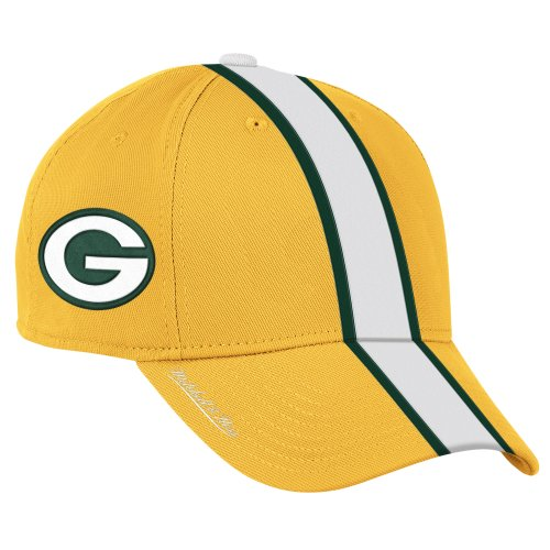 Green Bay Packers Authentic Mitchell & Ness Helmet Hat Green Bay Packers Authentic Helmet