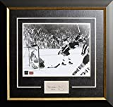 Autograph Authentic AACMH30215 Bobby Orr The Goal 11 x 14 in. Framed Photo With Cut Signature - Boston Bruins