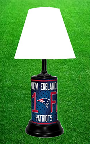 NEW ENGLAND PATRIOTS TABLE (New England Patriots Lamp)