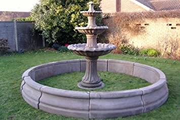 Stein Garten Wasser Brunnen. 6 ft 10 in 3 Etagen Füllfederhalter und ...
