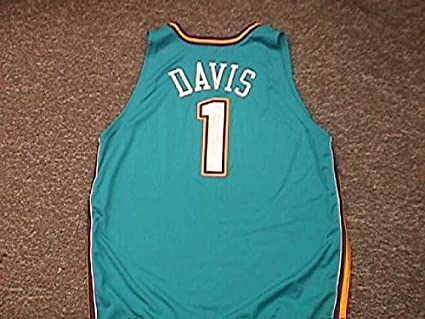 185e574ac1c Baron Davis. New Orleans Hornets Road Teal Game Worn Jersey at ...