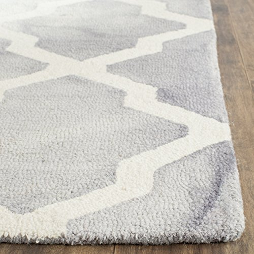 Safavieh Dip Dye Collection DDY540C Handmade Geometric Moroccan Watercolor Grey and Ivory Wool Area Rug (2'6 x 4′)