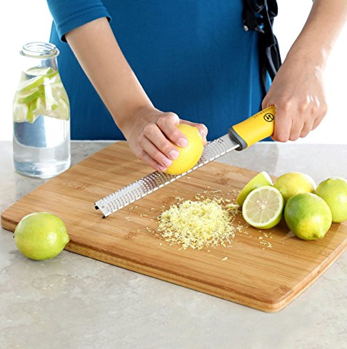 Citrus Lemon/Lime Zester Kitchen Tool & Cheese Grater set by BUTTERLEE, Stainless Steel, Red Yellow Green, Fine Grater, Chocolate-Garlic-Ginger-Nutmeg-Coconut-Spice-Parmesan Cheese Shredder & grater 2 ★ 3 DIFFERENT COLORED HANDLES ★ Red Yellow, Green, for each individual tool. Easy to differentiate so you'll remember which blade you loved most for your various different needs. ★ SO MANY USES! ★ Add some zest from oranges or lemons to elevate the flavor of your pastries and pies! Garnish your dessert with chocolate shavings! Get neatly grated cheese or parmesan cheese and more... all with a few easy swipes on the blade of desired size teeth. Also the perfect solution for easily grating garlic ginger, cinnamon, & nutmeg. An easy way to grate down veggies, fruits, coconut & more without having to use and clean a cumbersome machine or box grater. ★ MADE OUT OF HIGHEST QUALITY MATERIAL ★ Durable, rust resistant stainless steel blade. Wash in the dishwasher or under running water. Easy to clean with the included brush. Pack away dry with the protective plastic cover. The ultra sharp blade is to give you effortless zesting grating - WATCH OUT YOUR FINGERS AND KEEP AWAY FROM CHILDREN.