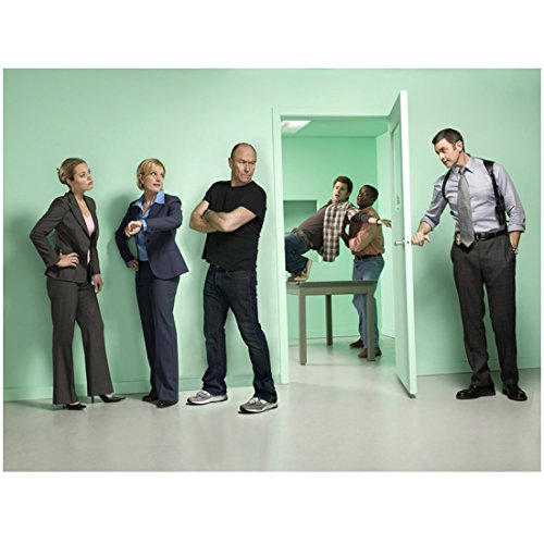 Troopers Weapon Starship (Psych Promo Police Watching Fight From Doorway 8 x 10 Photo)
