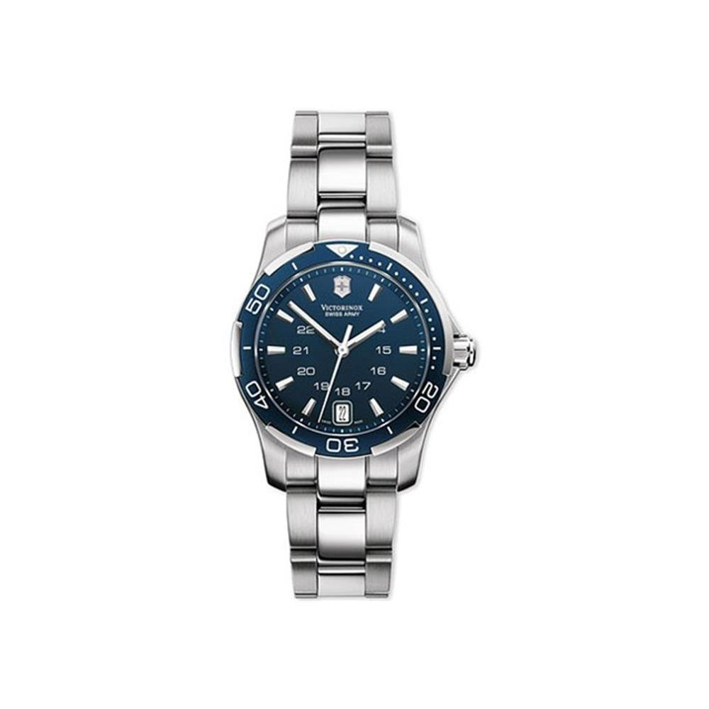 728a3a7ae2 Amazon.com: Victorinox Swiss Army Women's 241307 Alliance Sport Watch: Swiss  Army: Watches