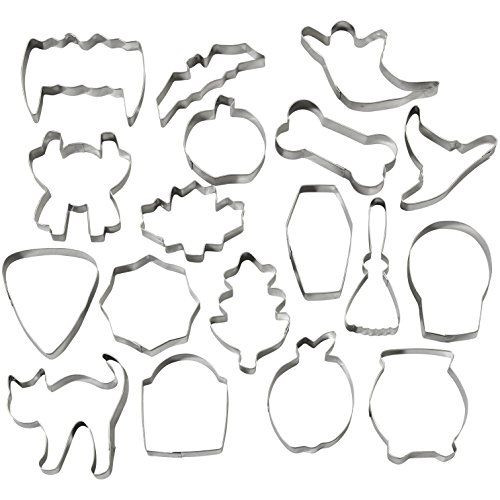Wilton Halloween Metal Cookie Cutter Set, 18-Piece