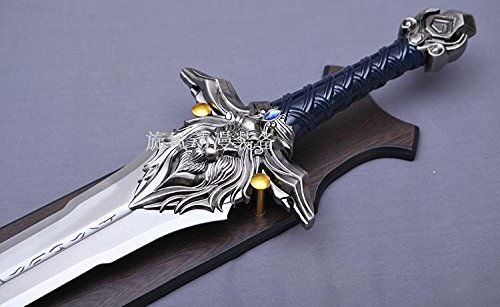 S1707 Game Wow World of Warcraft Alliance Royal Guard Lion Head Crest Sword Silver Version 43