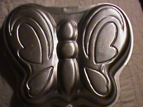 Wilton Butterfly Cake Pan ()