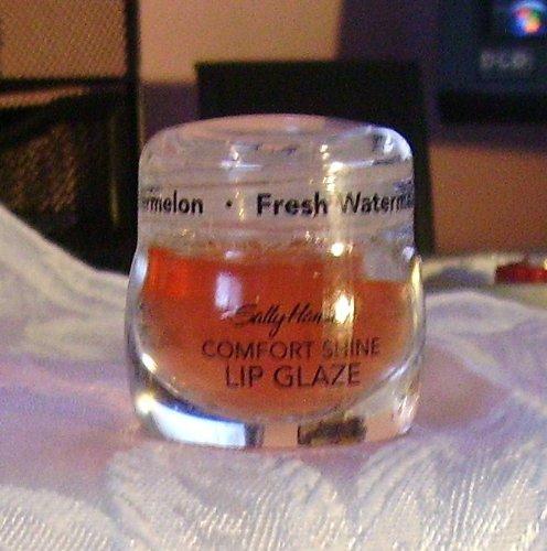 Sally Hansen Moisturizing Lip Gloss (Comfort Shine Lip Glaze Fresh Watermelon - 1 pc,(Sally Hansen))