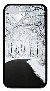 Forest covered with snow TPU Silicone Case Cover for iPhone 4/4S ¡§CBlack