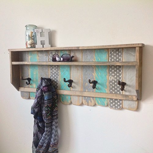 Entryway Wood Shelf / Rustic Pallet Coat Rack / Reclaimed Wood Shelves / Cast Iron Coat Hooks / Bohemian Decor / Bathroom Towel Rack