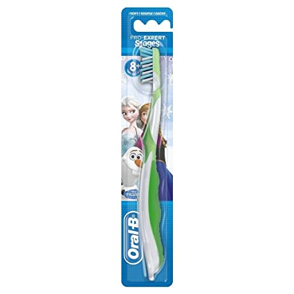Oral-B CrossAction Cepillo de dientes manual con diseño de personajes de  Frozen 5c23116dca1a