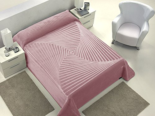 European - Made in Spain warm blanket Serena 220x240 Rosa Color 1 PLY by MORA Blankets