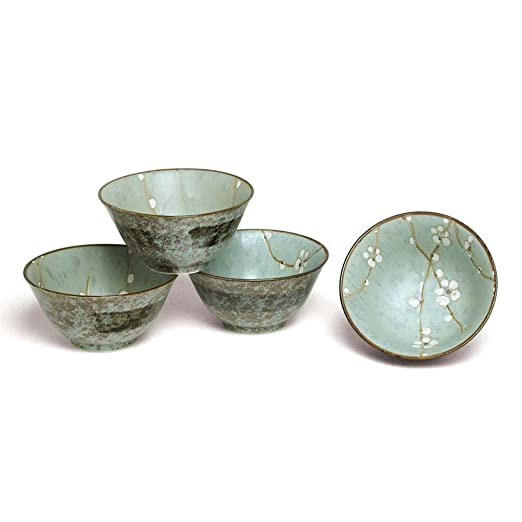 Amazon.com Japanese Spring Blossom Flared Bowl Set includes 4 Bowls Kitchen u0026 Dining  sc 1 st  Amazon.com & Amazon.com: Japanese Spring Blossom Flared Bowl Set includes 4 Bowls ...