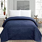 quilts in blue - HollyHOME Super Soft Solid Blanket Microplush Twin Size Quilt Comforter, Navy Blue